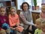 Obsza czyta dzieciom